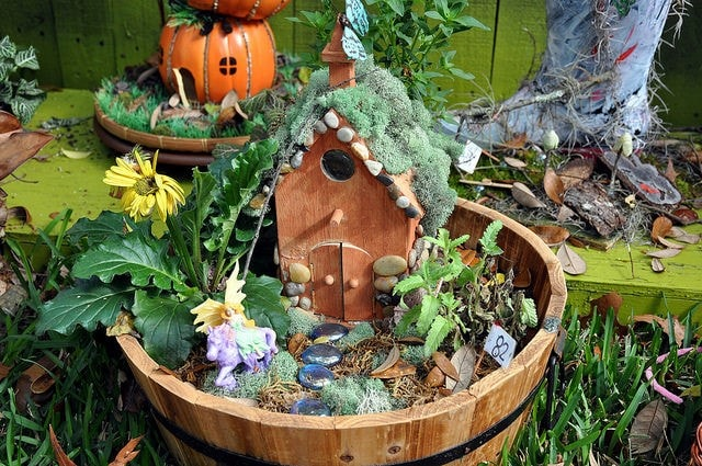 Amazing DIY Fairy Garden Ideas 3
