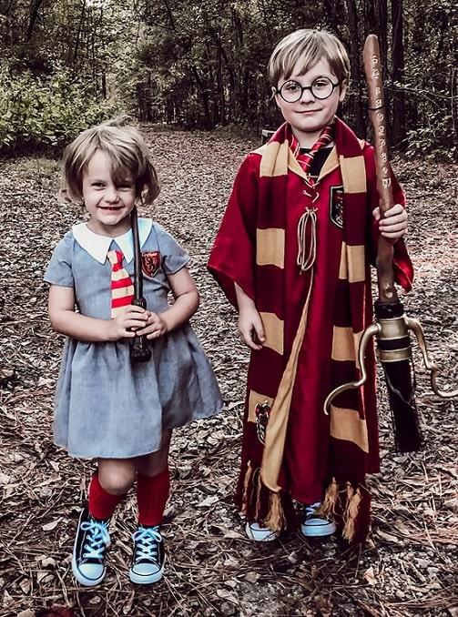 halloween costumes for siblings 15
