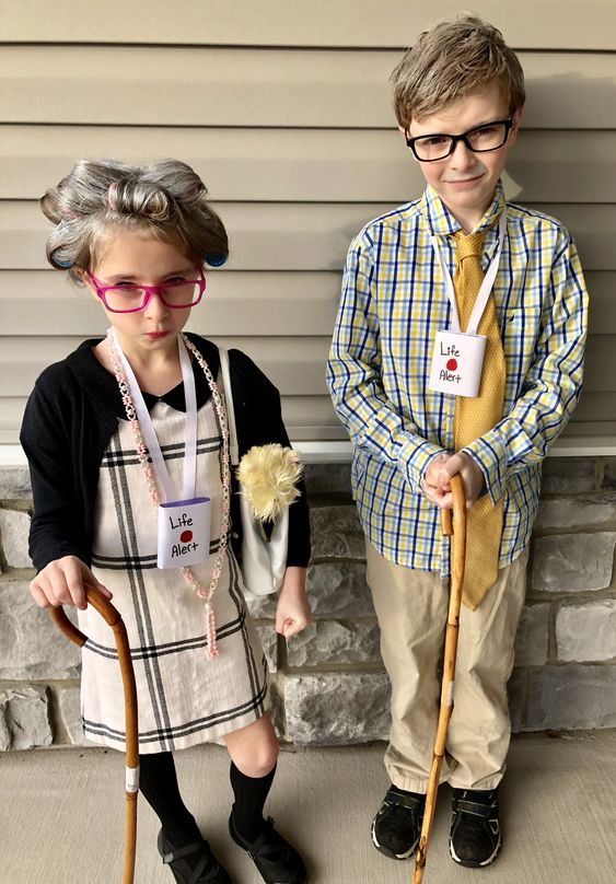 halloween costumes for siblings 18