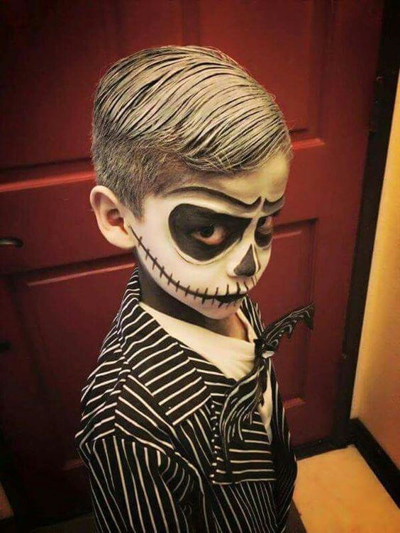 scary and funny halloween costumes for kids 7