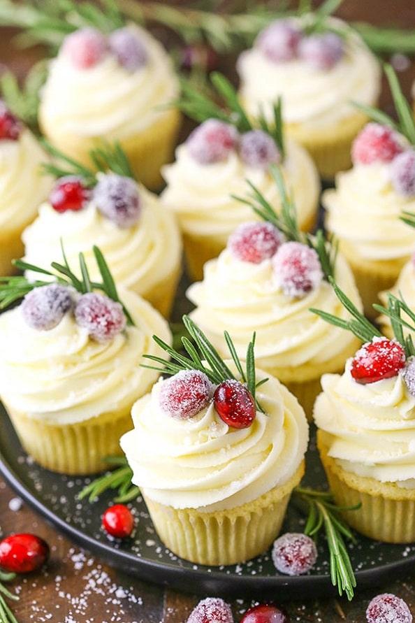 Easy Christmas cupcakes Ideas 14