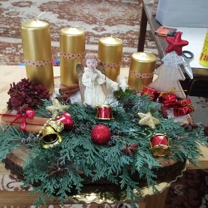 christmas table centerpieces decorations ideas 22