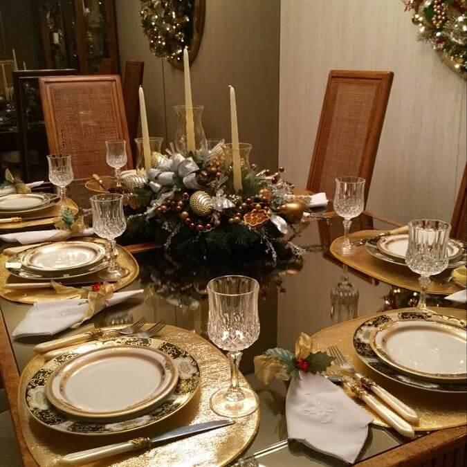 15 Simple Elegant Christmas Table Setting Ideas Munchkins Planet