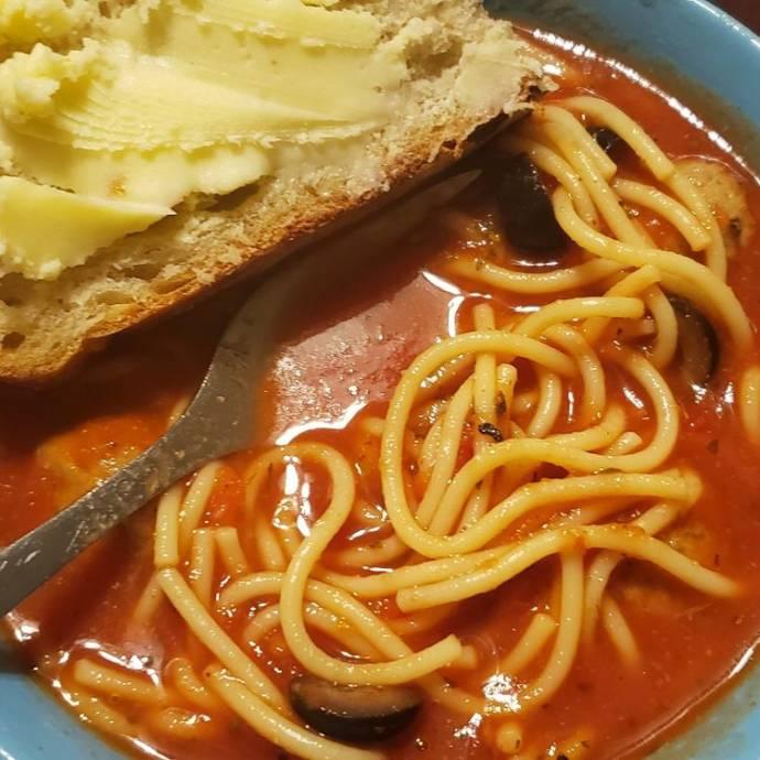 spaghetti meatballs soup