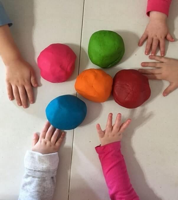 easy sensory activities toddlers preschoolers home 12