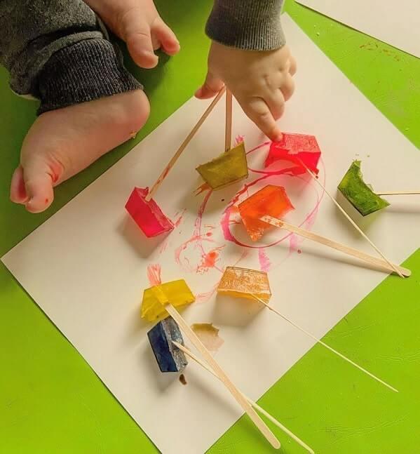 easy sensory activities toddlers preschoolers home 14