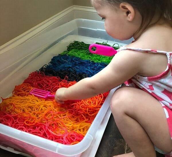 easy sensory activities toddlers preschoolers home 6