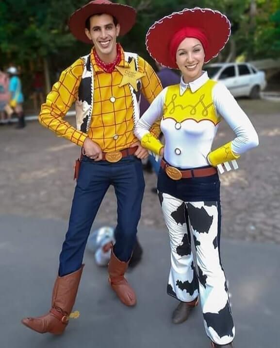creative couples halloween costumes ideas 19
