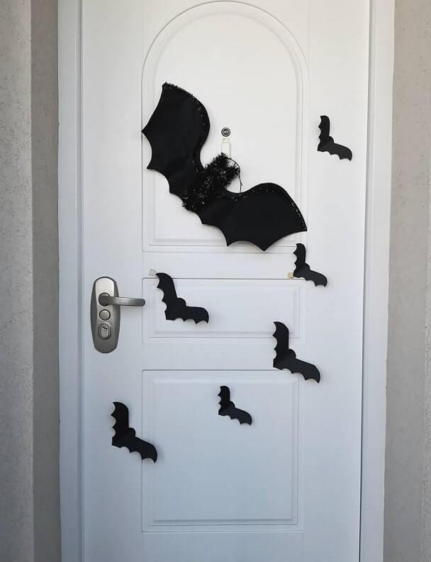 diy halloween door decorations ideas 3