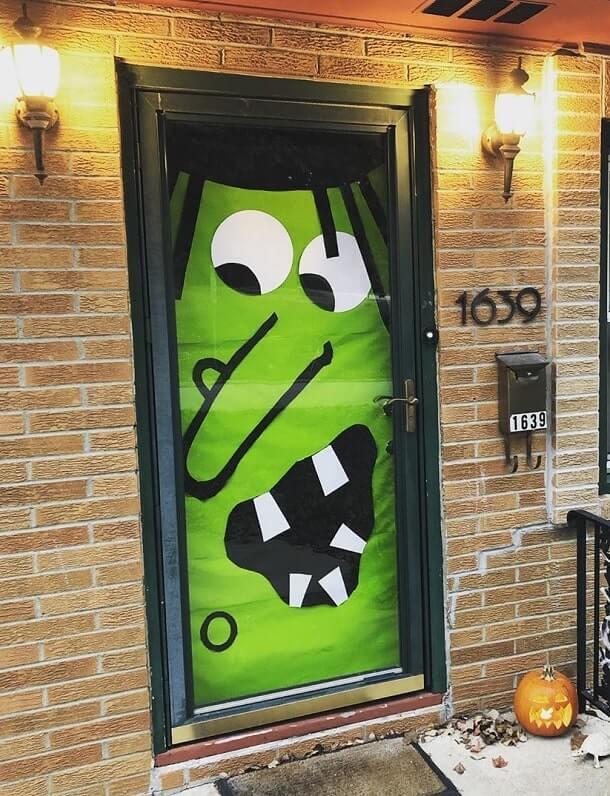 diy halloween door decorations ideas 6