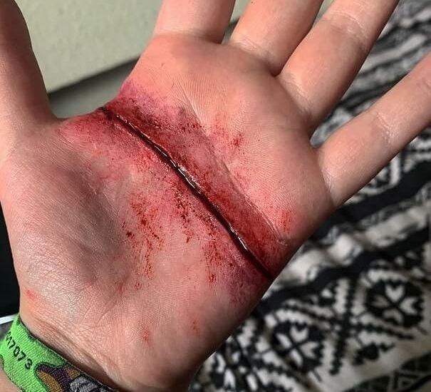 fake wounds halloween makeup tutorial 3