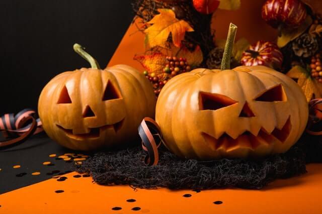 how to carve a pumpkin 2