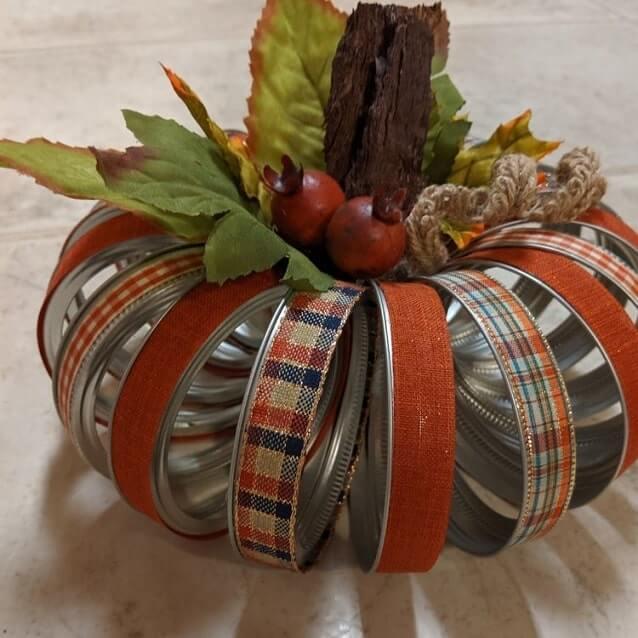 mason jar lid pumpkin decoration ideas 2